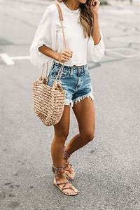 20 Must-Have Outfits To Wear For Summer 2017