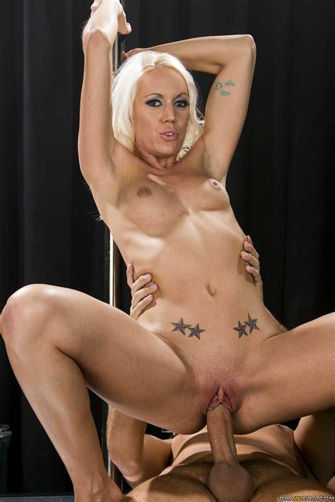 Kacey Villainess Is A Professional Pole Dancer Milf Fox