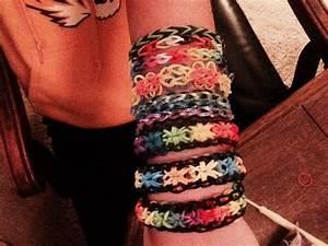 Rubberband Bracelets You Make Them On A Rainbow Loon