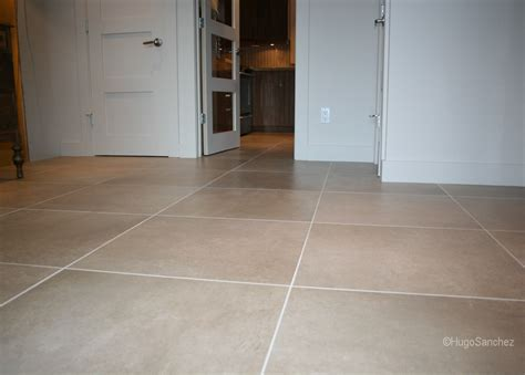 Large Format Tiles  Céramiques Hugo Sanchez Inc. Small Bar In Living Room. Space Living Room. Luxury Living Room Design. Window Curtain Ideas Living Room. Greige Living Room. Living Room Centre Table. Living Room Movie Theater Boca Raton. Diy Living Room Makeover