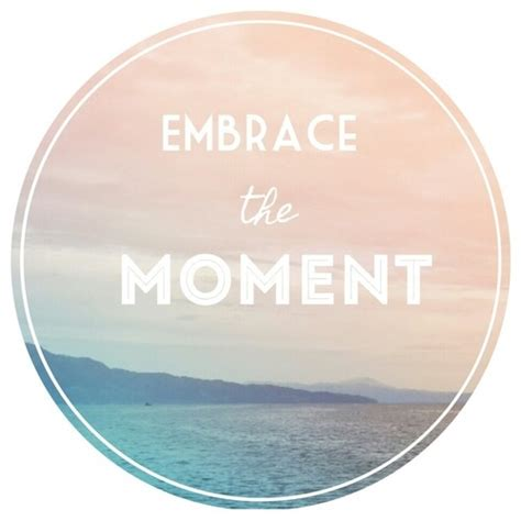 embrace  moment pictures   images