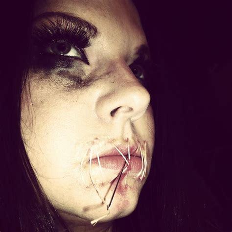 foto de Mouth Sewn shut great for Halloween makeup Halloween