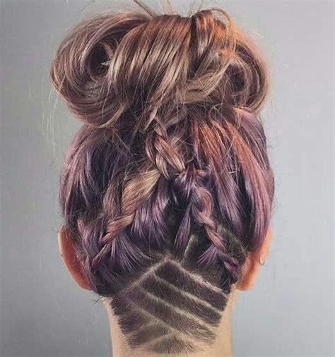 Undercut nuque rasée cheveux longs Coupe de cheveux