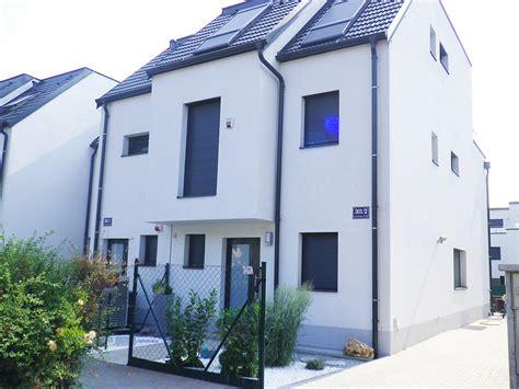 Häuser Kaufen Umgebung Wien by Home Bautr 228 Ger Eigentumswohnung Wien Reihenhaus