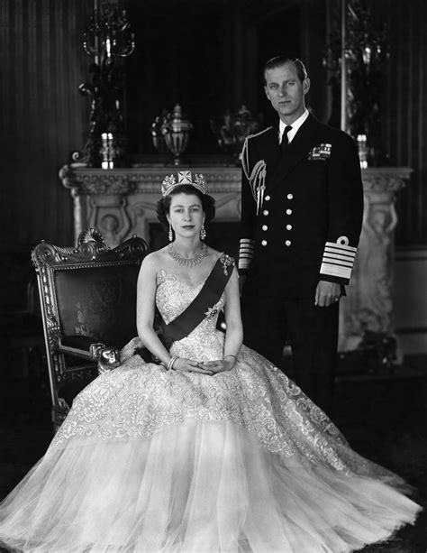 News Queen Elizabeth Queen Elizabeth And Prince Philip Celebrate Their 70th