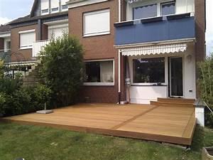Terrasse Am Haus : terrasse mit treppe raum und m beldesign inspiration ~ Indierocktalk.com Haus und Dekorationen
