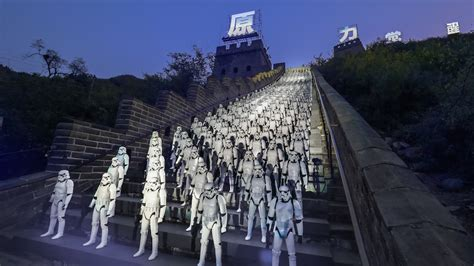 star wars stormtroopers  china wall  force awakens