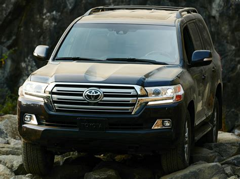 2017 Toyota Land Cruiser by 2017 Toyota Land Cruiser Price Photos Reviews Features