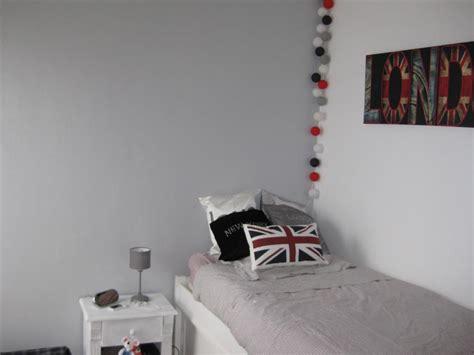 chambre en gris et blanc deco chambre ado gris et blanc