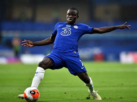 Chelsea sweating on Kante injury following win over ...
