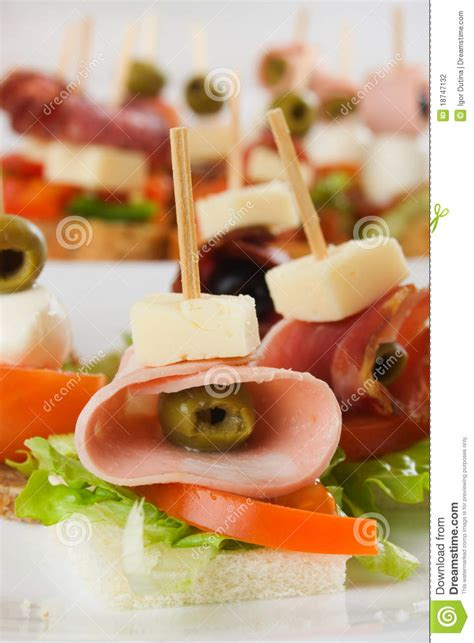 canape froid de buffet photographie stock image 18747132