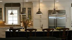 Pendant lights above island kitchen lighting