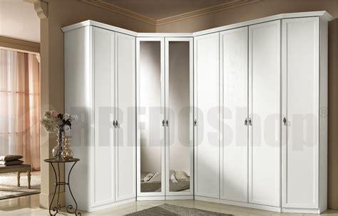 armadio con cabina angolare armadio classico dafne 108 con cabina angolare e ante a