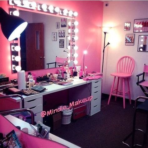 makeup hair salon 25 best ideas about pink vanity on