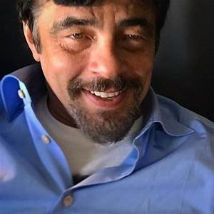 picture of benicio toro
