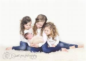 Newborn Boy Photography, Siblings with newborn, 4 Children ...