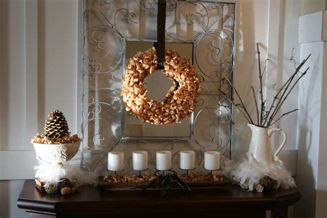 Winter Decorating : Winter Mantel Linky Party