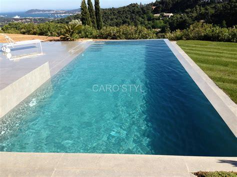 carrelage plage piscine gris piscine en carrelage gr 232 s c 233 rame gris anthracite carrelage et salle de bain la seyne var caro styl