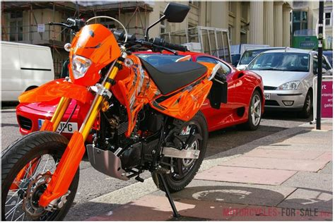 sinnis apache cc  motorcycle motorbike sports bike