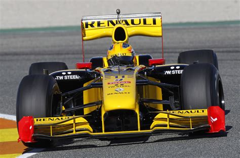 Renault R30 by Ausmotive 187 Renault R30 On Track At Valencia