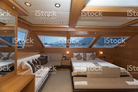 photo interieur yacht de luxe atlub