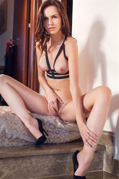 Alex lynn Leggy Brunette in Stockings