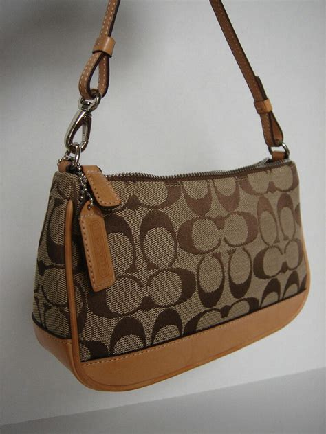 authentic coach small clutch purse signature  pattern beige fj  ebay
