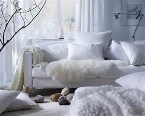 10 idees pour un espace cocooning chambre blanche With tapis chambre bébé avec plaid chaud pour canapé