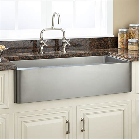 stainless steel farmhouse kitchen sink 33 quot hazelton stainless steel farmhouse sink kitchen 8235