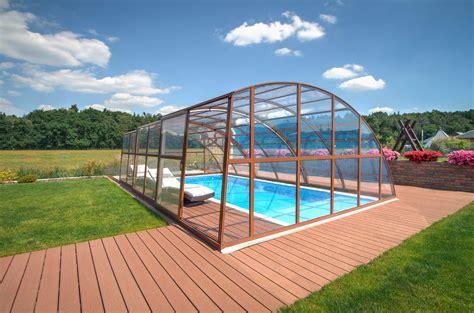 Pool Auf Dem Dach by Dem Winter Die Stirn Bieten Mit Einem Pool Mit Dach