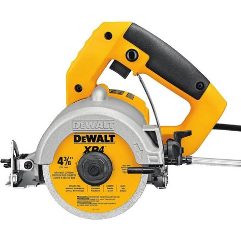 dewalt tile saw canada dewalt 4 1 2 inch tile saw the home depot canada
