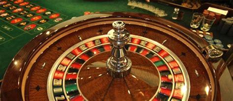 las vegas table games las vegas table games baccarat craps roulette more