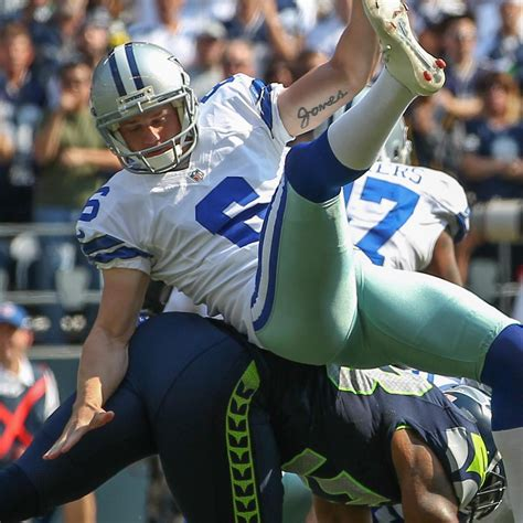 seattle seahawks upend dallas cowboys  home opener
