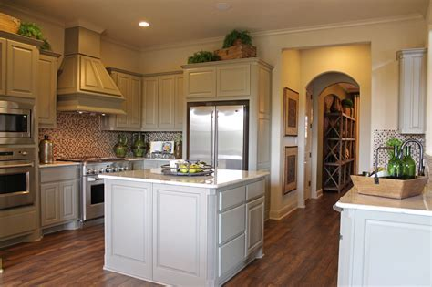 Wood Vent Hoods   Burrows Cabinets   central Texas builder