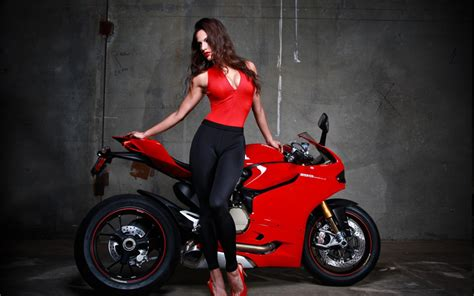 Red Ducati Superbike Model Wallpaper For Widescreen