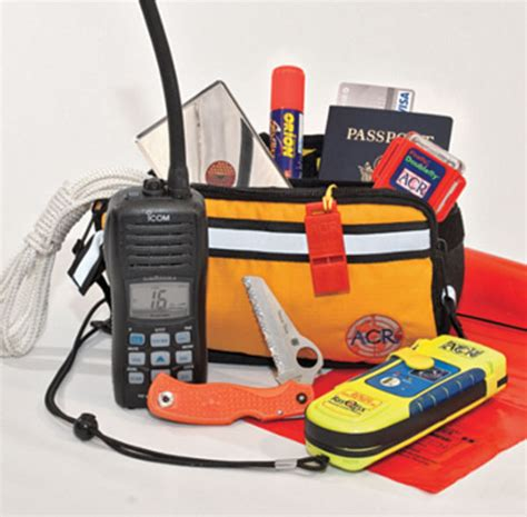 Boat Safety Ditch Bag by Building A Ditch Bag Boating Safety
