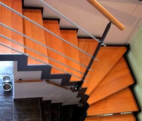 escalier int 233 rieur avec limon cr 233 maill 232 re metal concept