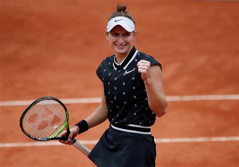 Naomi osaka falls in third round rollercoaster to marketa vondrousova. Barty-Vondrousova será la final femenina de Roland Garros