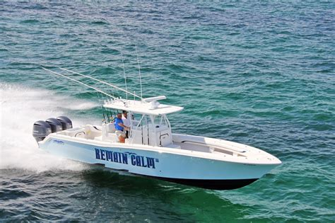 Invincible Boats Construction by 2012 36 Invincible 100 Hours With 3 300hp Yamaha 4 Strokes
