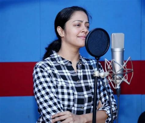 tamil actress jyothika religion beautiful jyothika hot full hd pictures spicy images