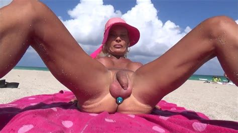 Sexy Bitch With Anal Rosebud In Nude Beach Tranny Porn