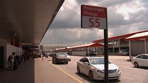 Lyft, Uber Pickup Areas Moving At Atlanta Airport