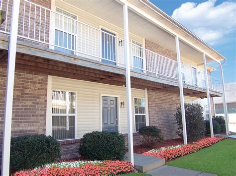 auburn place town and garden homes louisville ky