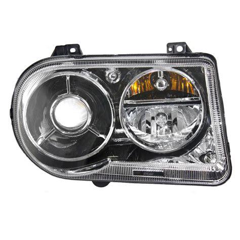 Chrysler 300 Hid Headlights by 05 10 Chrysler 300 Passengers Hid Headlight Assembly