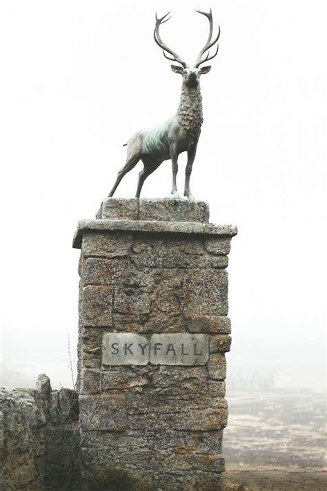 deer scotland statue james bond  skyfall stag upwithbirds