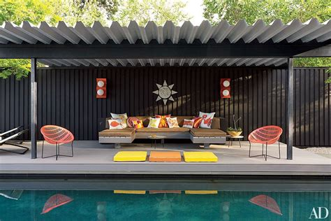 creative ways  set  outdoor seating