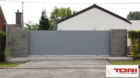 bureaux moderne portail aluminium coulissant sectionnel portails