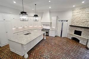 Giallo ornamental granite transitional kitchen cr for What kind of paint to use on kitchen cabinets for ornamental wall art