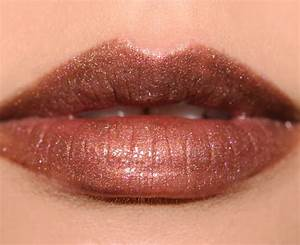 MAC Viva Glam Rihanna 2 Lipstick Review, Photos, Swatches
