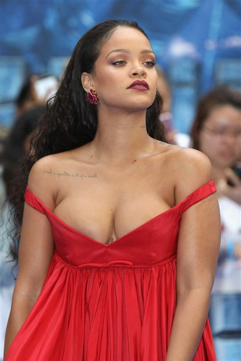 Wallpaper Boobs Celebrity Girl Outdoor Red Rihanna Sexy Wallpaper X